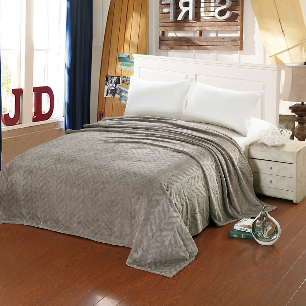 Micro Fleece Leaf Etched Jacquard Blanket (Queen, Grey)