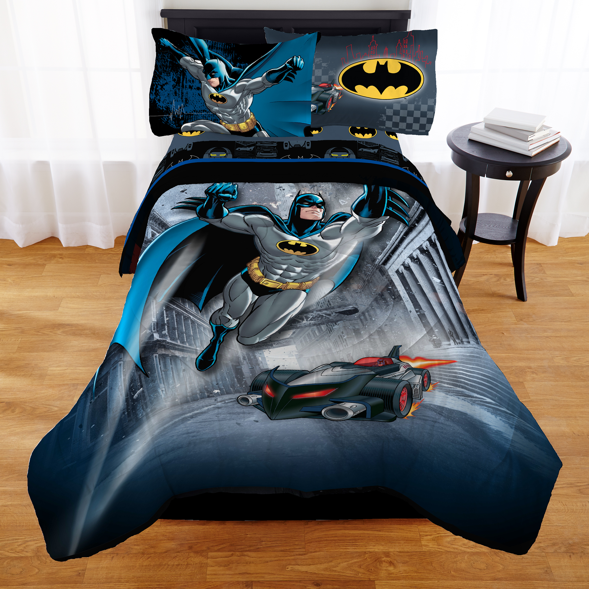 Warner Brothers Batman Guardian Speed Bed in a Bag Bedding Set