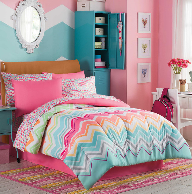 Rainbow Sherbet, Chevron, Teen Girls Colorful Full Comforter Set (8 Piece Bed In A Bag)