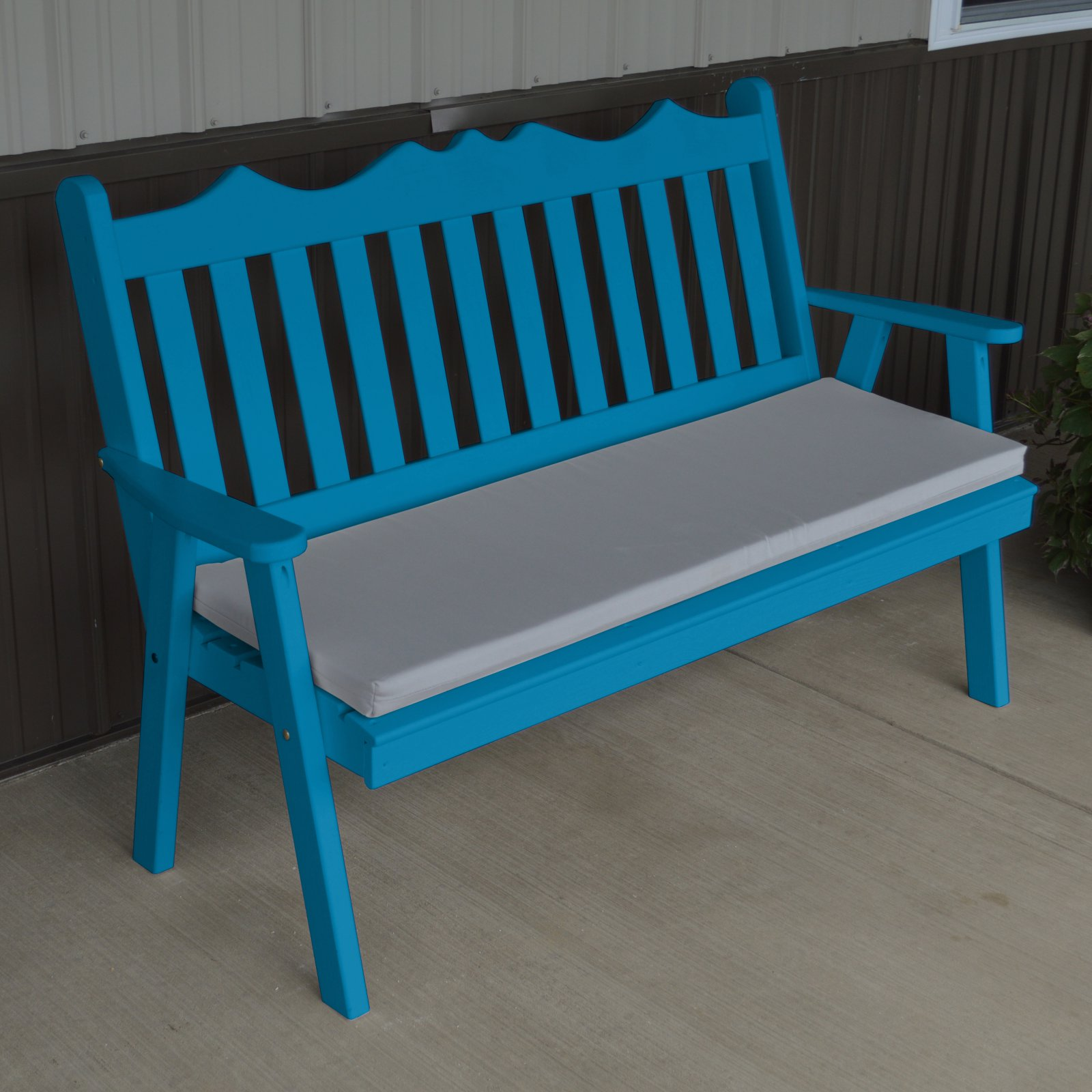 A & L Furniture Yellow Pine Royal English Garden Bench by A and L Furniture Co