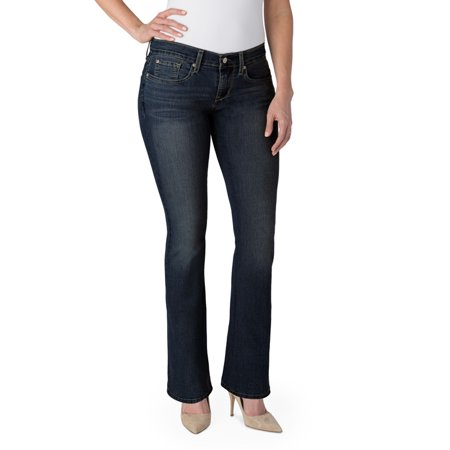cd1a7616a06 Signature by Levi Strauss   Co. Women s Curvy Bootcut Jeans - Walmart.com