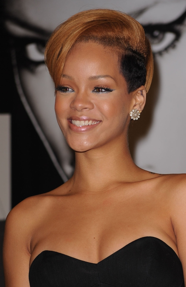 Rihanna At In-Store Appearance For Rihanna Promotes New Album Rated R Best...
