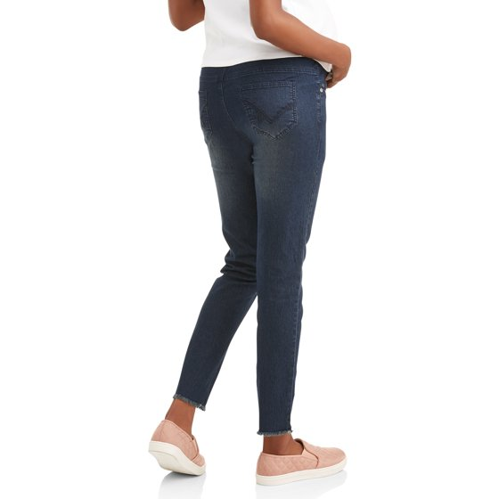 be8047688deb3 Oh! Mamma - Maternity Frayed Hem Overbelly Skinny Jeans - Available ...