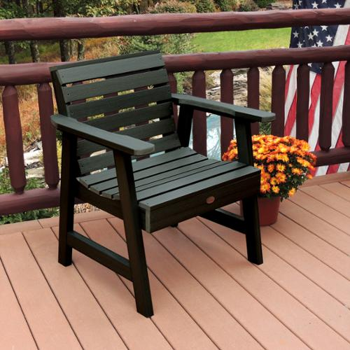 Highwood Marine-grade synthetic wood Weatherly Garden Chair Charleston Green