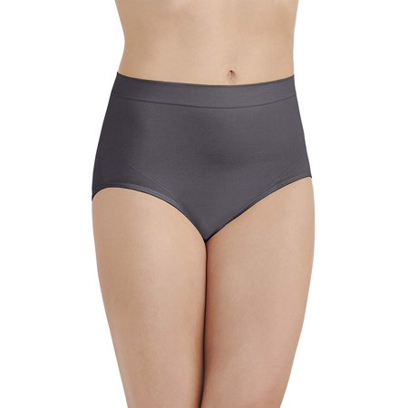 Vanity Fair Womens Smoothing Comfort Seamless Brief Panty, 6, Totality (Vanity Fair Brief Panties)
