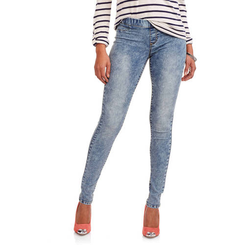 Shop now for YMI Juniors' Wanna Betta Butt Denim Jeggings - Shop Now for Great Deals.