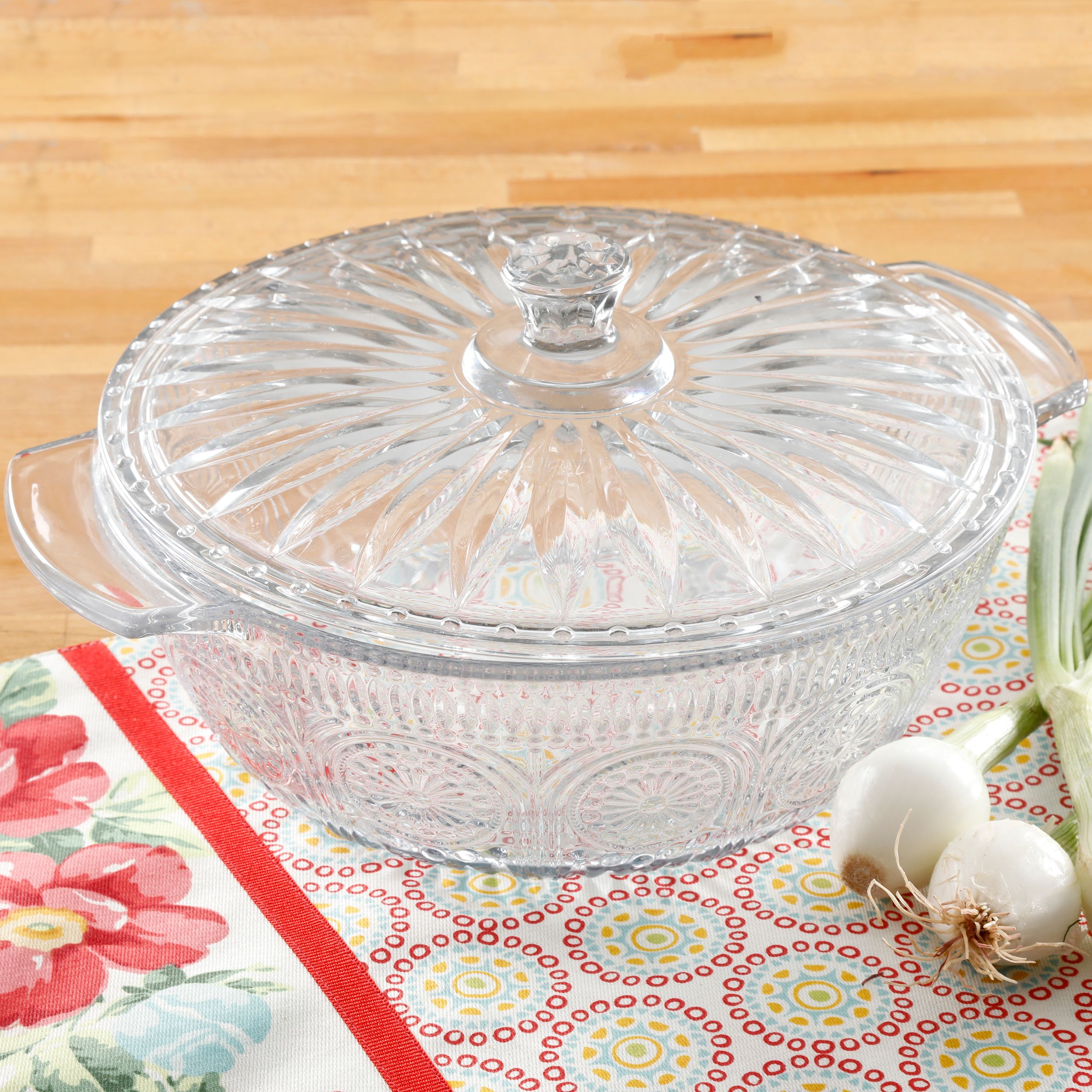 The Pioneer Woman Adeline 2.5 Quart Glass Casserole with Lid, 1 Each