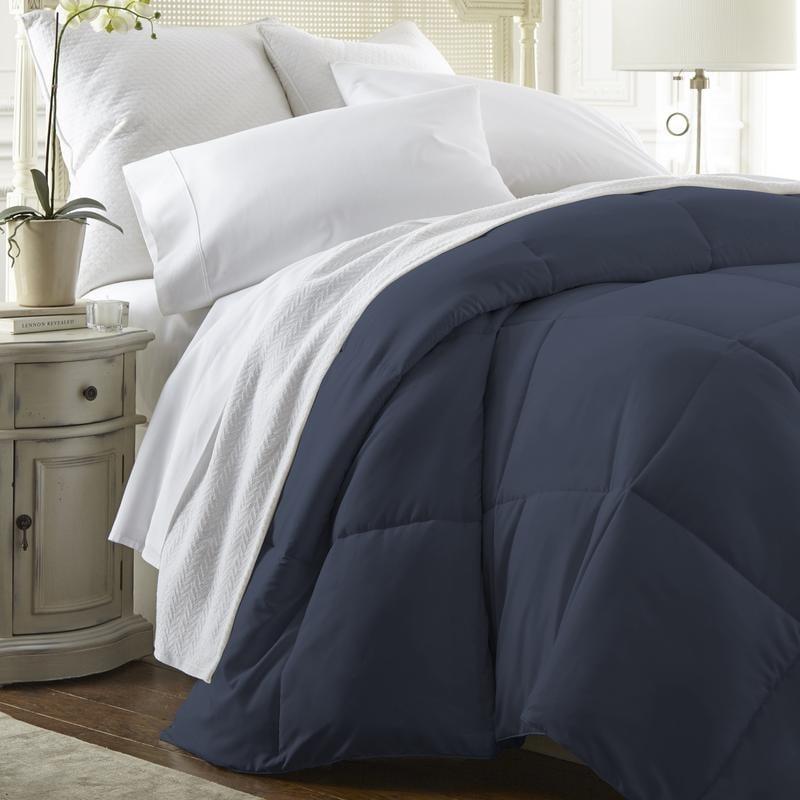Olive and Twill Four Season Luxury Down Alternative Comforter