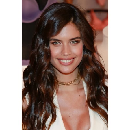 Sara Sampaio At A Public Appearance For VictoriaS Secret Angels Celebrate The Best T-Shirt Bra Ever VictoriaS Secret 5Th Avenue Store New York Ny July 18 2017 Photo By Jason MendezEverett Collection