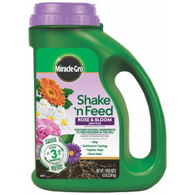 Miracle-Gro Shake 'N Feed Rose & Bloom Plant Food Display