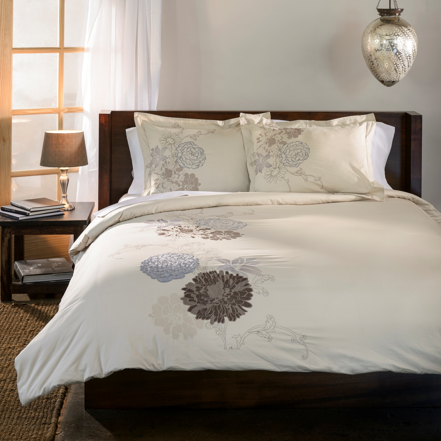Decorative Blossom Embroidered Duvet Cover Set