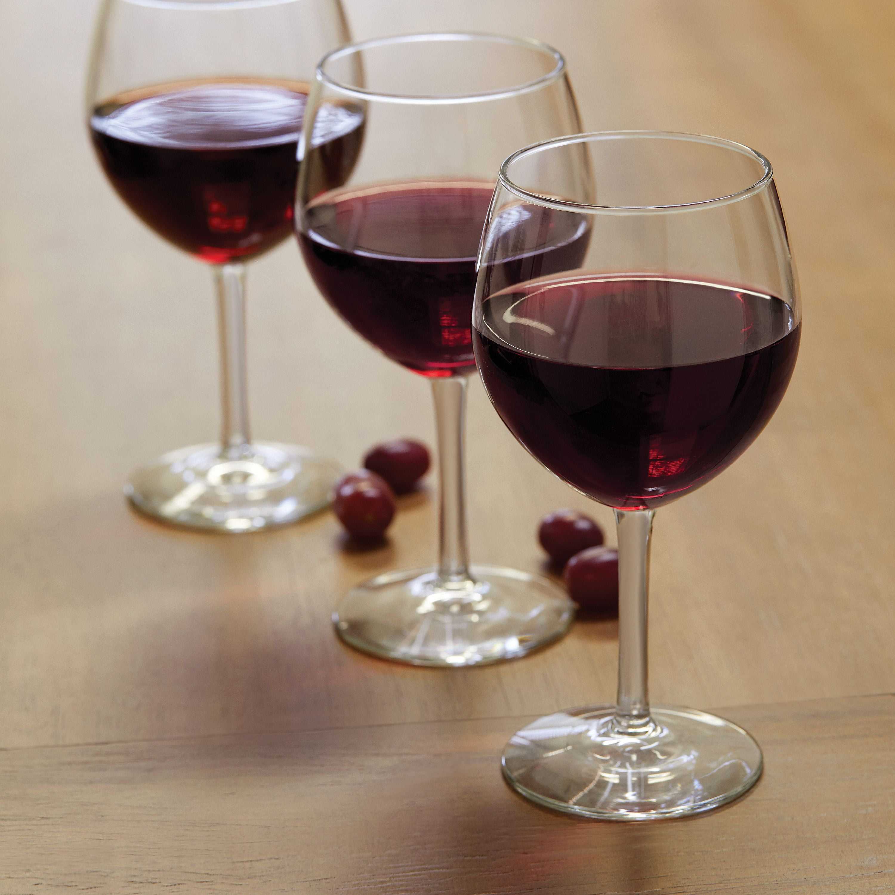 Dollhouse Miniatures Clear Plastic Standard Red Wine Glass 1:12 Scale