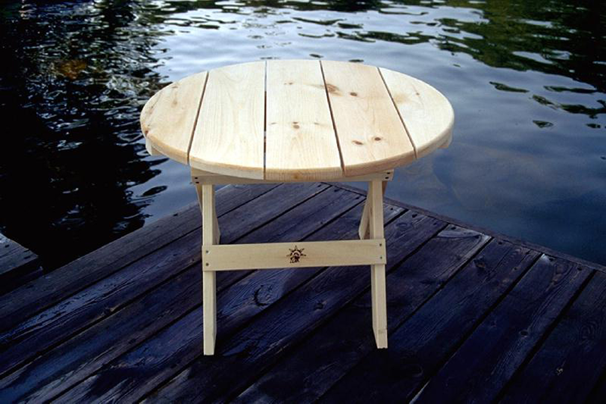 Pine 28 Round Folding Side Table