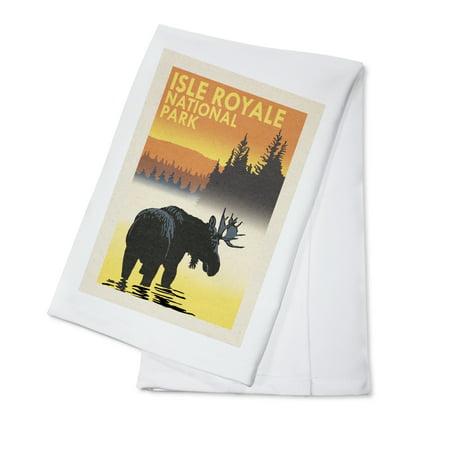 National Parks Issue - Isle Royale National Park, Michigan - Moose at Dawn - Lantern Press Artwork (100% Cotton Kitchen Towel)