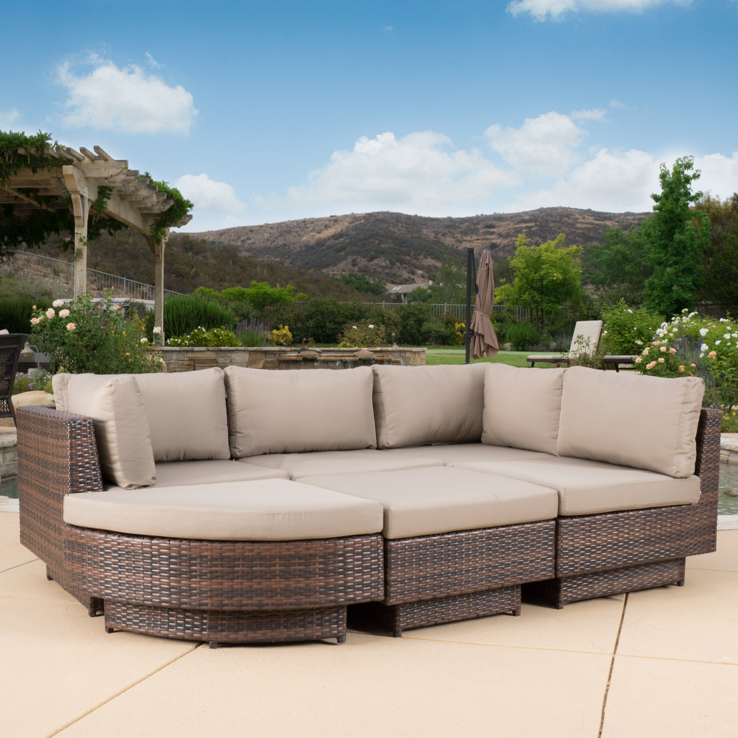 Shiann Outdoor 6-piece Multibrown Wicker Sofa Set