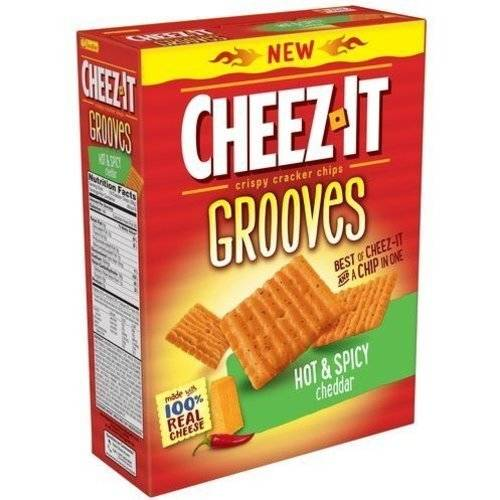 Cheez-It Grooves Hot & Spicy Cheddar Crispy Cracker Chips, 9 oz
