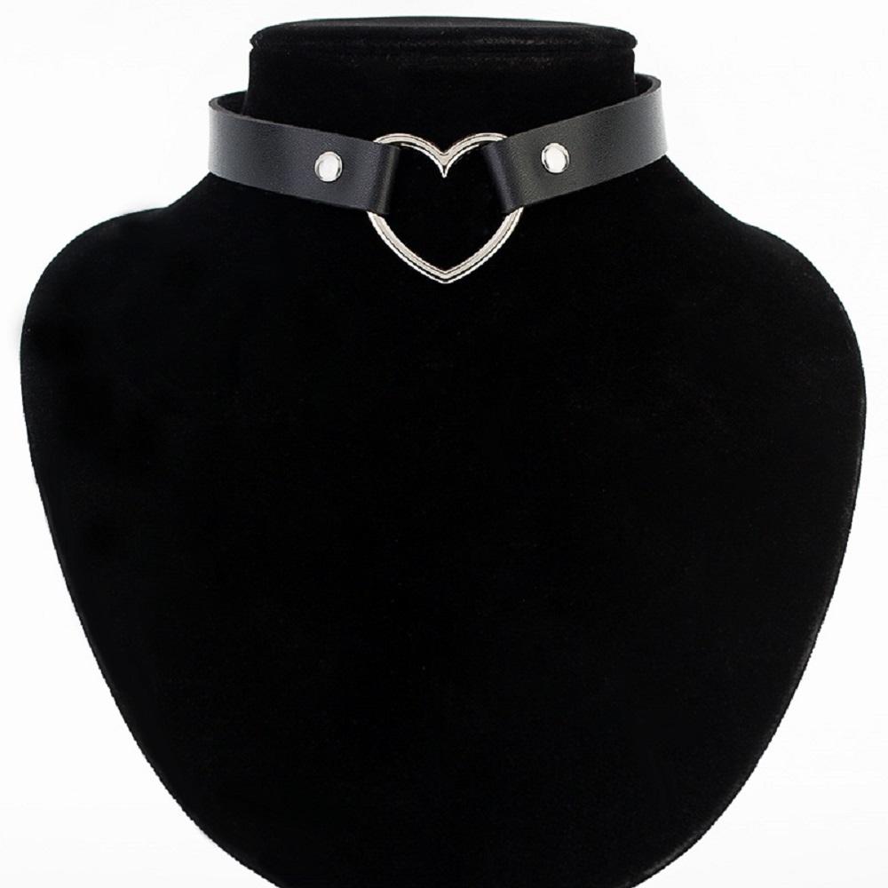 Open Heart Choker in Black
