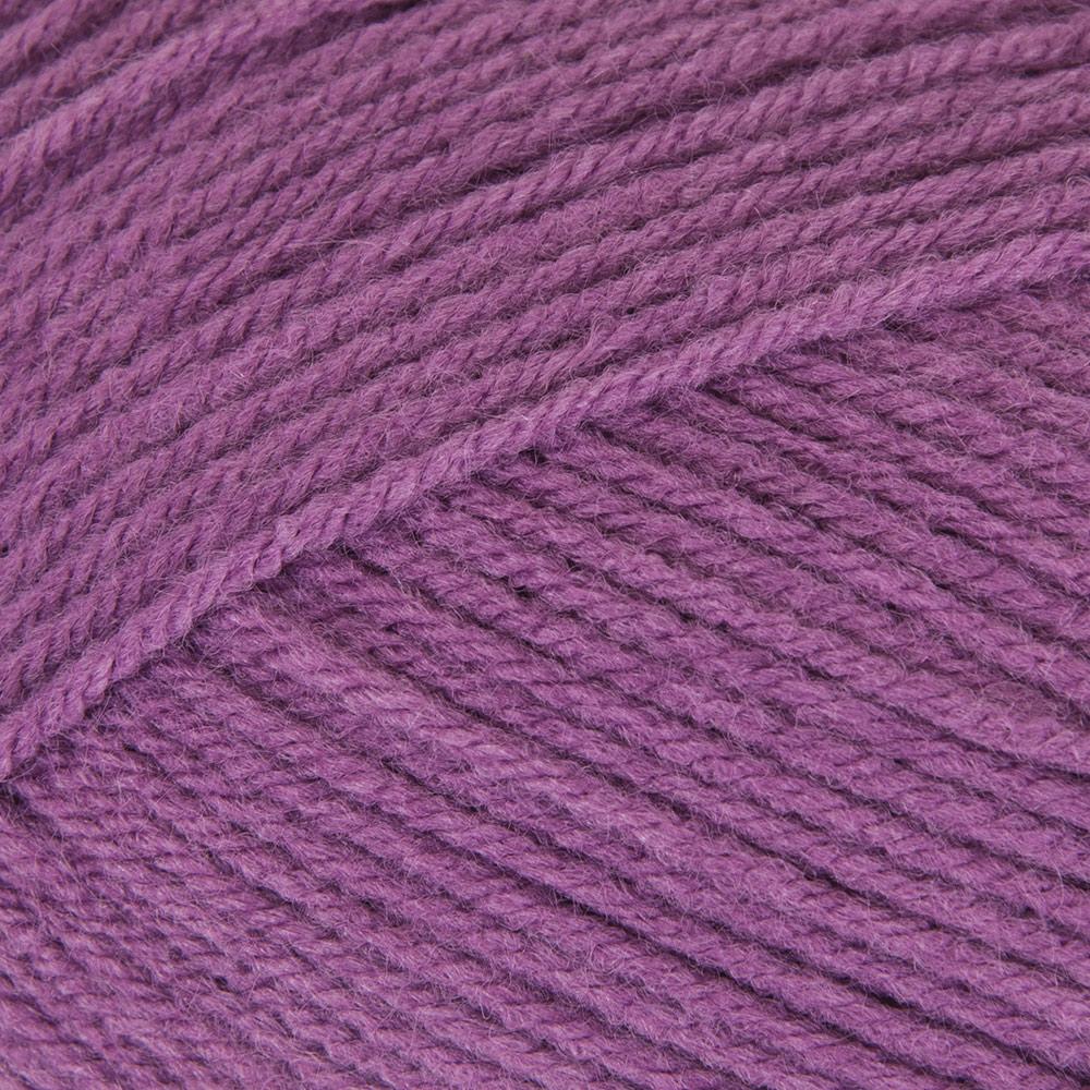 Mary Maxim Maximum Value Yarn - Medium Violet