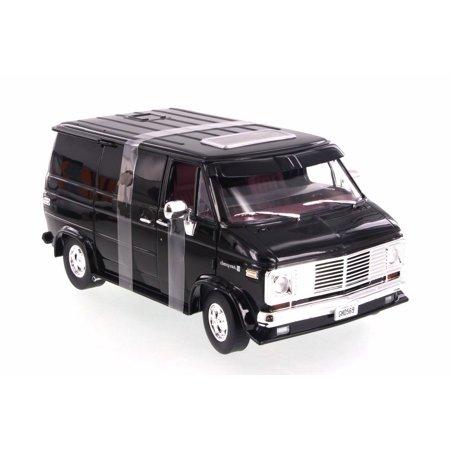 1976 Chevy G- Series Van, Black - Highway 61 HWY18002 - 1/18 Scale Diecast  Model Toy Car