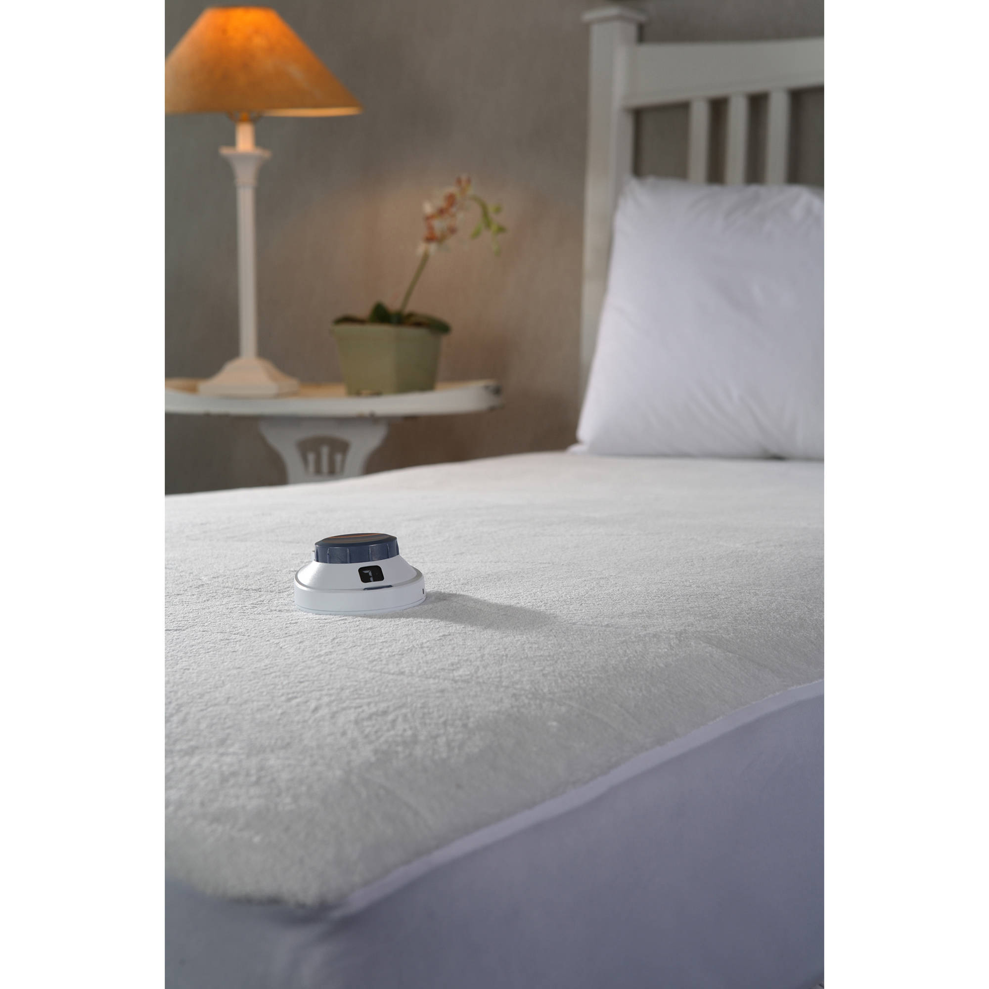 Safe and Warm Plush Velour Low Voltage Electric Heated Mattress Pad by Perfect Fit