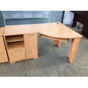 Reale Magellan Collection Corner Desk Honey Maple Image 2 Of
