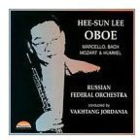 Plays Music For Oboe   Orchestra