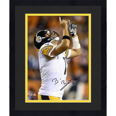 Framed Ben Roethlisberger Pittsburgh Steelers Autographed 8