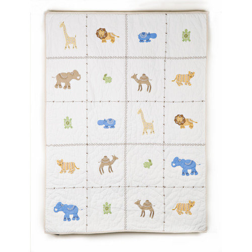 Whistle and Wink Itsazoo Crib Quilt