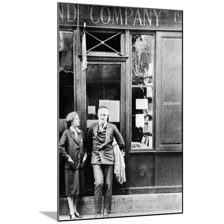 Multi Bookshop (Sylvia Beach and Ernest Hemingway in Front of Shakespeare and Company Bookshop, C.1928 Wood Mounted Print Wall)