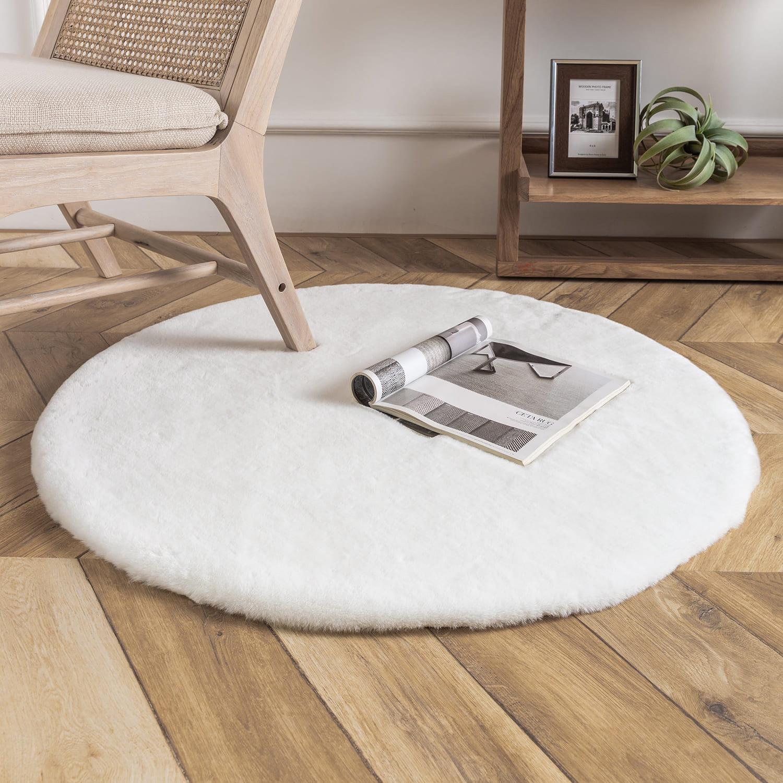 Picture of: Phantoscope Deluxe Soft Faux Rabbit Fur Series Decorative Indoor Area Rug 3 X 3 Feet Round White 1 Pack Walmart Com Walmart Com