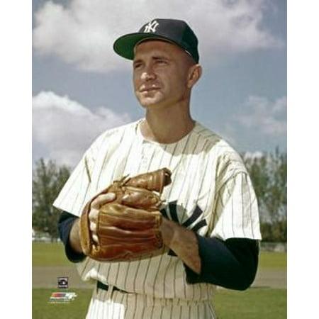 Bobby Shantz Posed Photo Print (Bobby Shantz Autographed Baseball)