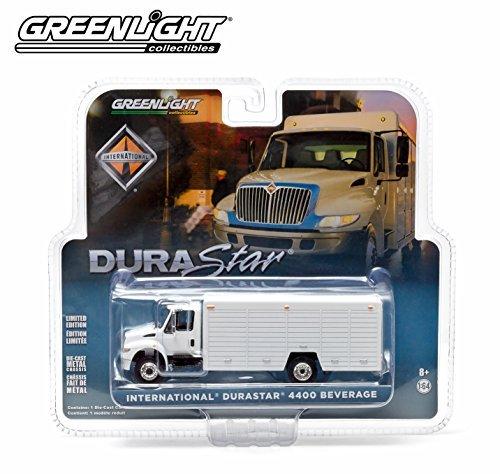 1//64 GREENLIGHT WHITE 2012 INTERNATIONAL DURASTAR 4400 BEVERAGE TRUCK
