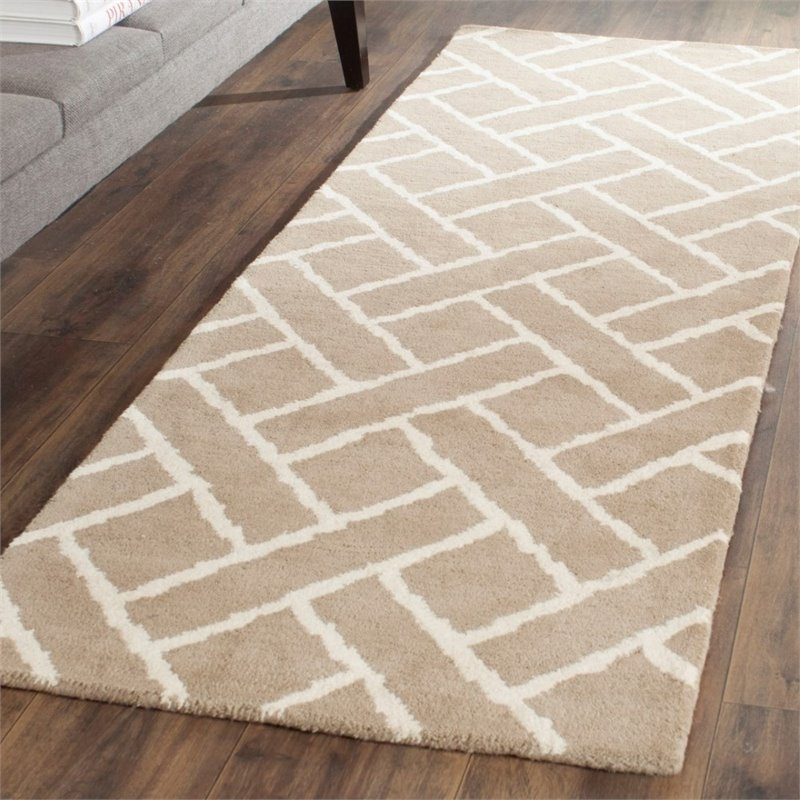 Safavieh Chatham 4' X 6' Hand Tufted Wool Rug in Beige and Ivory - image 1 of 10