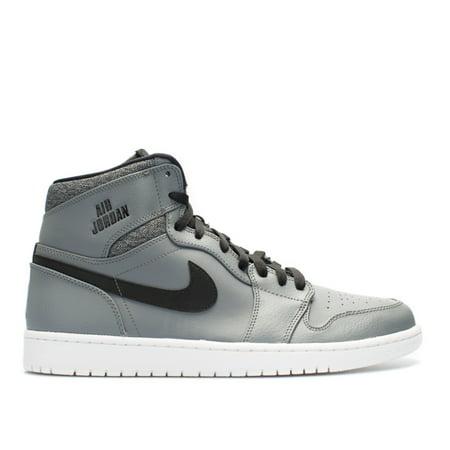 free shipping cb50a b34d5 Nike Men's Air Jordan 1 Retro High Deep Royal / Black White High-Top  Basketball Shoe - 12M