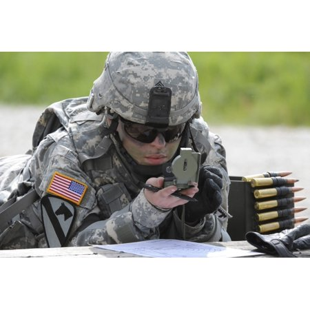 US Army Soldier Uses A Compass To Draw A Range Map In Grafenwoehr - Germany map grafenwoehr