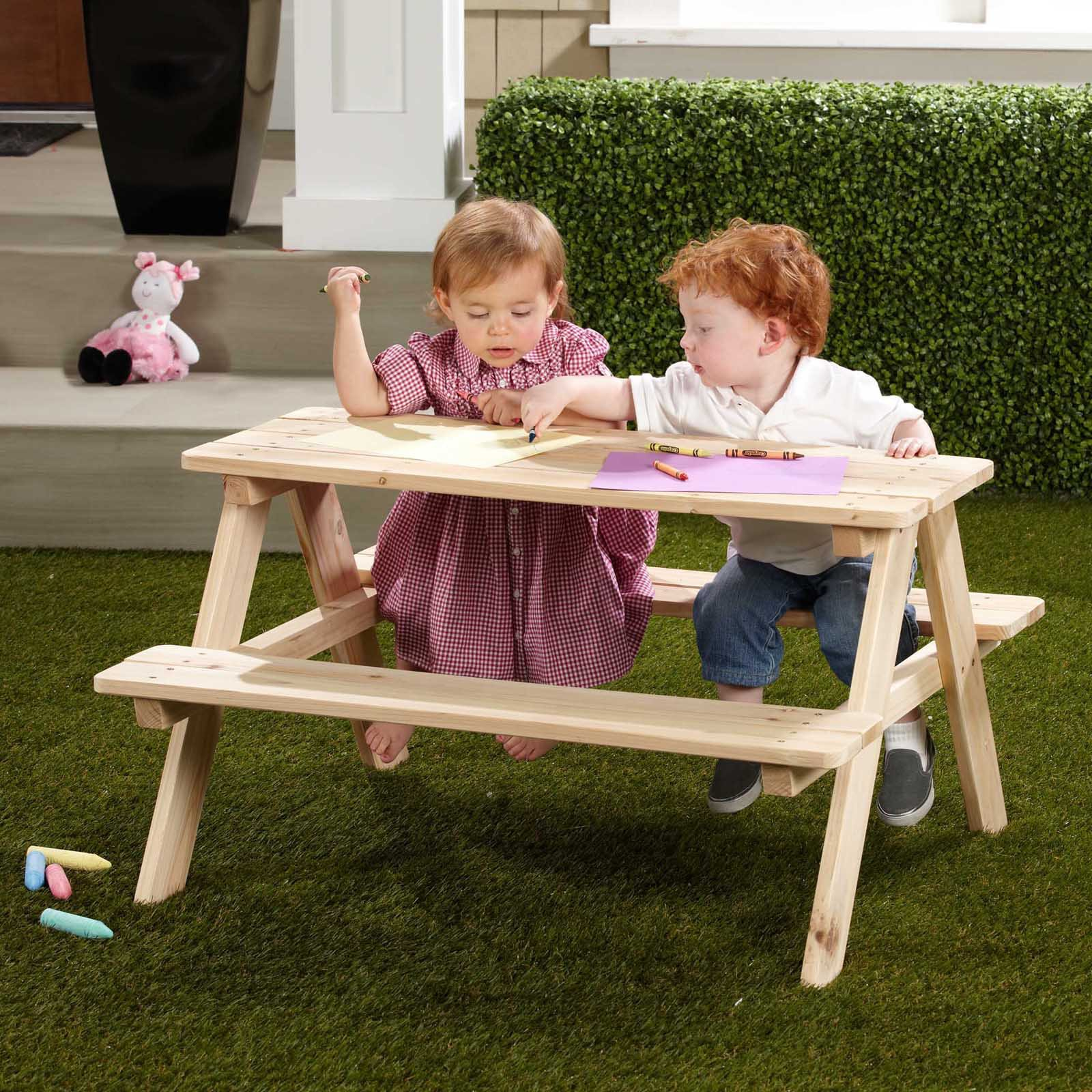 Northbeam Kids Wooden Picnic Table