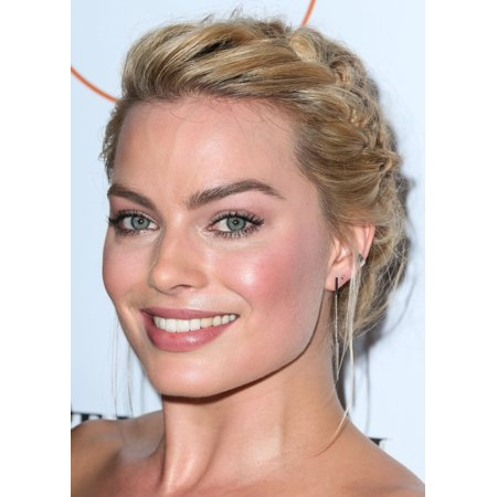 Margot Robbie At Arrivals For 3Rd Annual Australians In Film Awards Benefit Gala Canvas Art     16 X 20
