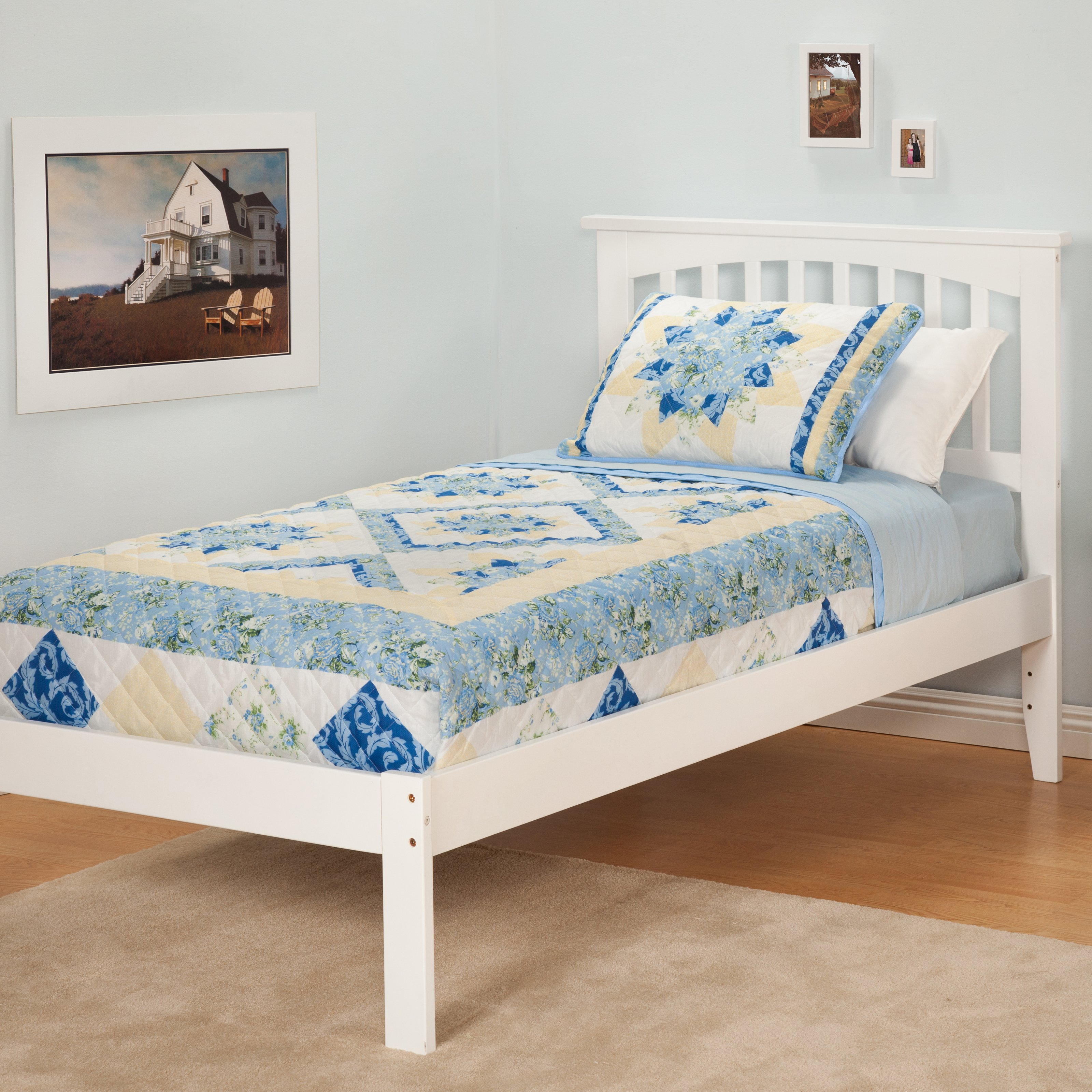 Atlantic Furniture Urban Lifestyle Slat Bed with Trundle