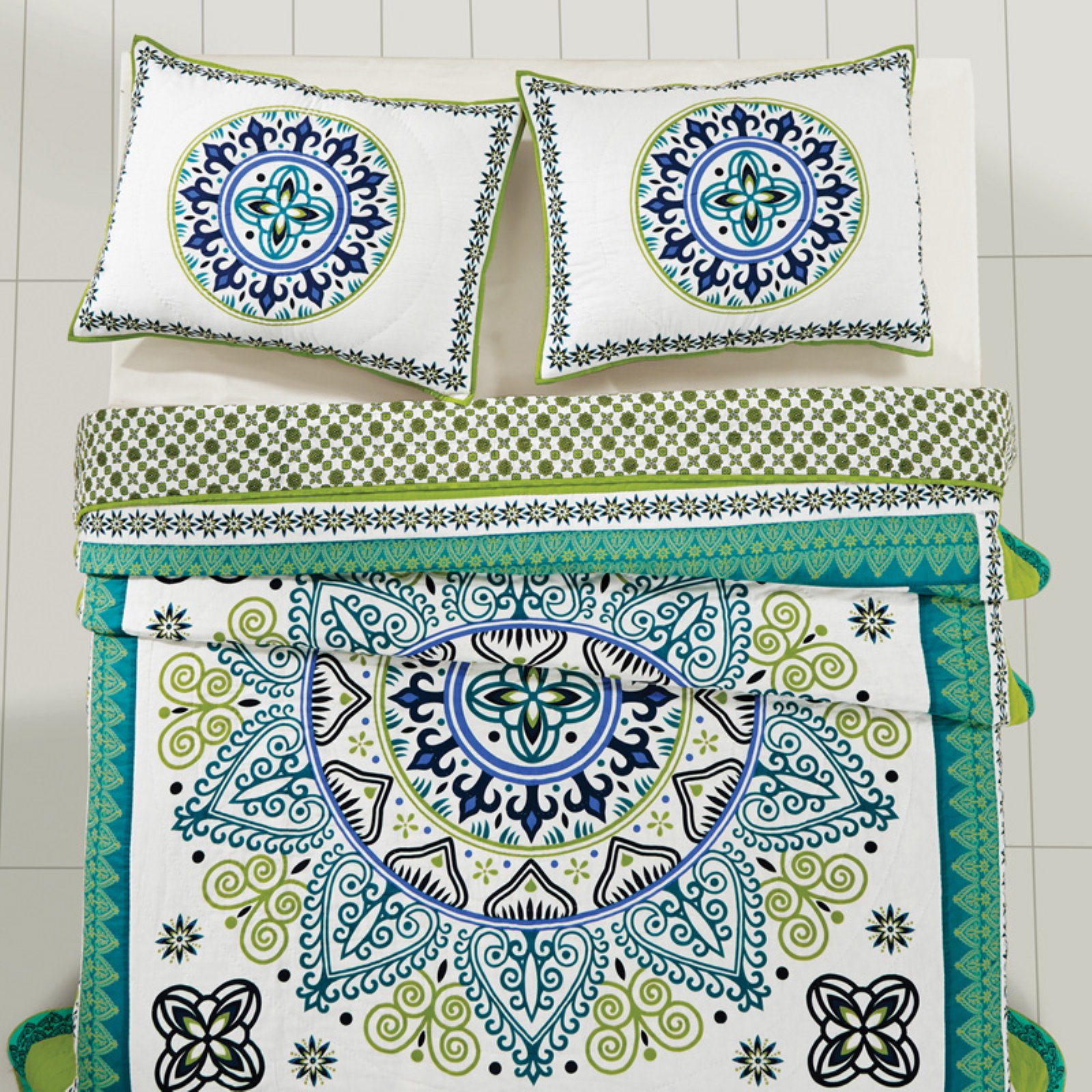 Remi Quilt Set by VHC Brands