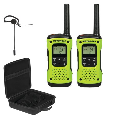 Motorola T600 35-Mile Talkabout 2-Way Radios, Carry Case & Single-Pin Earpiece with Boom Microphone Bundle ()