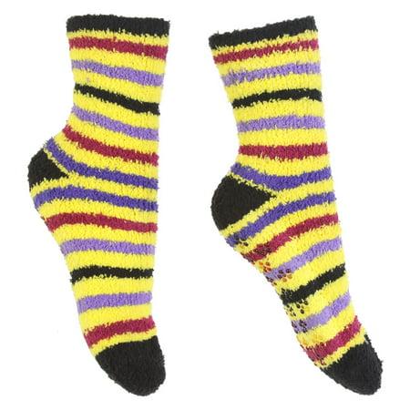 Gravity Threads Fuzzy Cozy Socks With Daisy Grip On Bottom