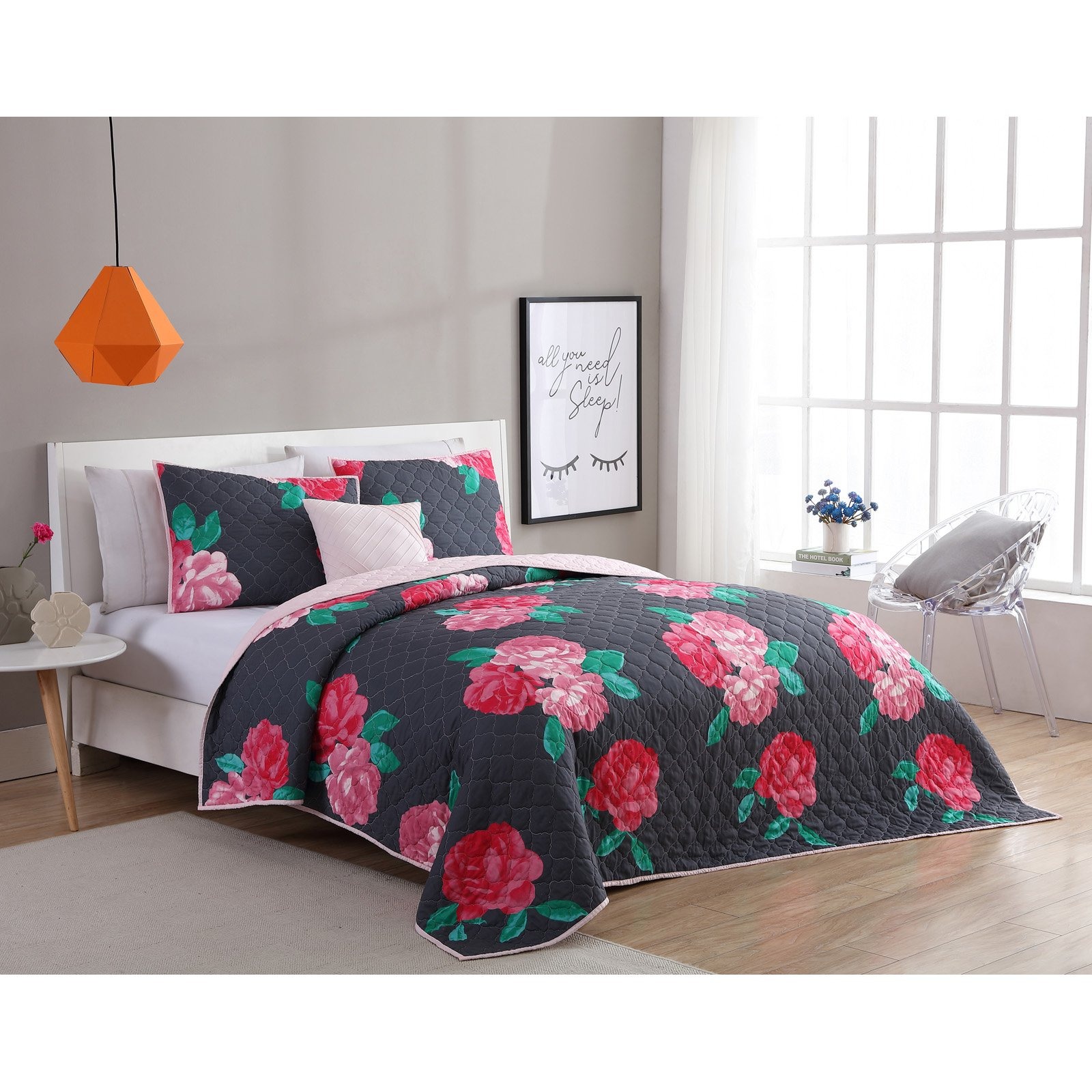 VCNY Home Charcoal/Rose RoseMary Floral 3/4 Piece Quilt Bedding Set, Shams Included