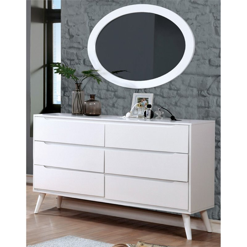 Furniture of America Farrah Dresser with Oval Mirror in White by Furniture of America