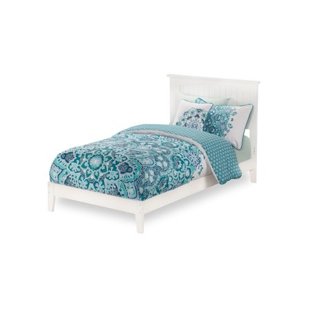 Nantucket Traditional Bed, Multiple Sizes, Multiple Colors