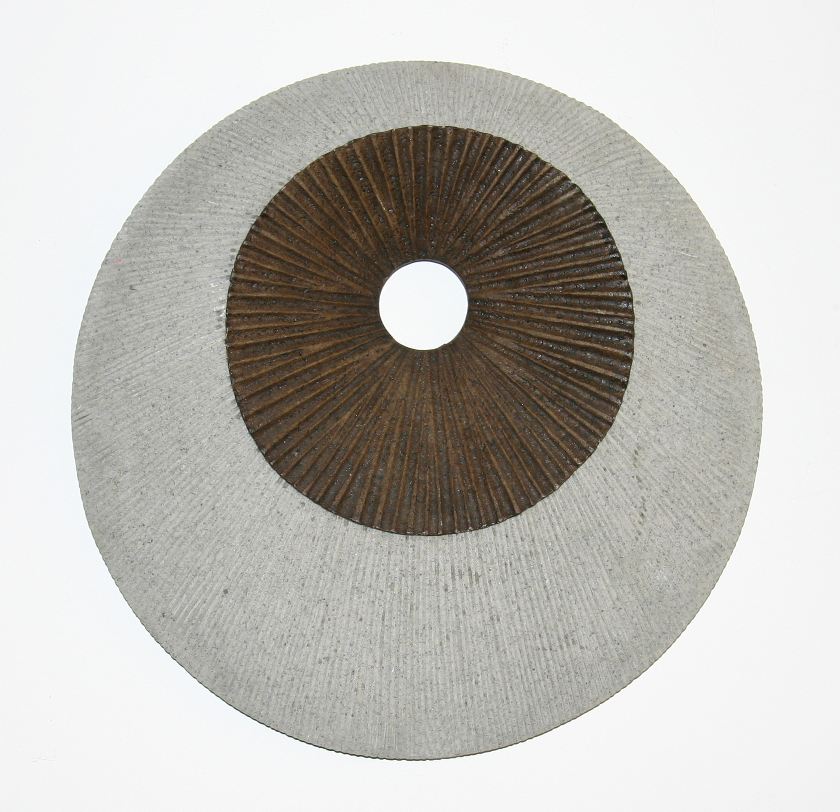 Screen Gems Round Double Layer Wall Decor, Ribbed Finish SGS4141-92