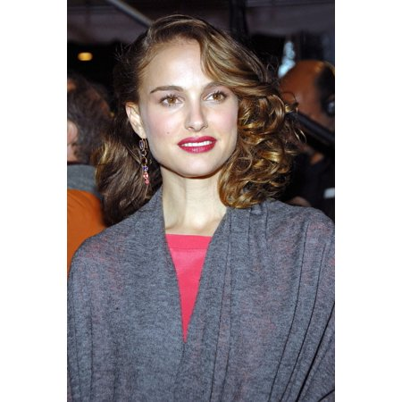Natalie Portman At Arrivals For Premiere Of Mr MagoriumS Wonder Emporium Dga DirectorS Guild Of America Theatre New York Ny November 11 2007 Photo By George TaylorEverett Collection Celebrity - Halloween Emporium