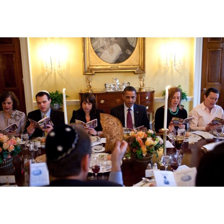 President Barack Obama Marks The Beginning Of Passover With A Seder With Friends And Staff In The Old Family Dining Room Of The White House March 29 2010 (Friends And Family White House Black Market)