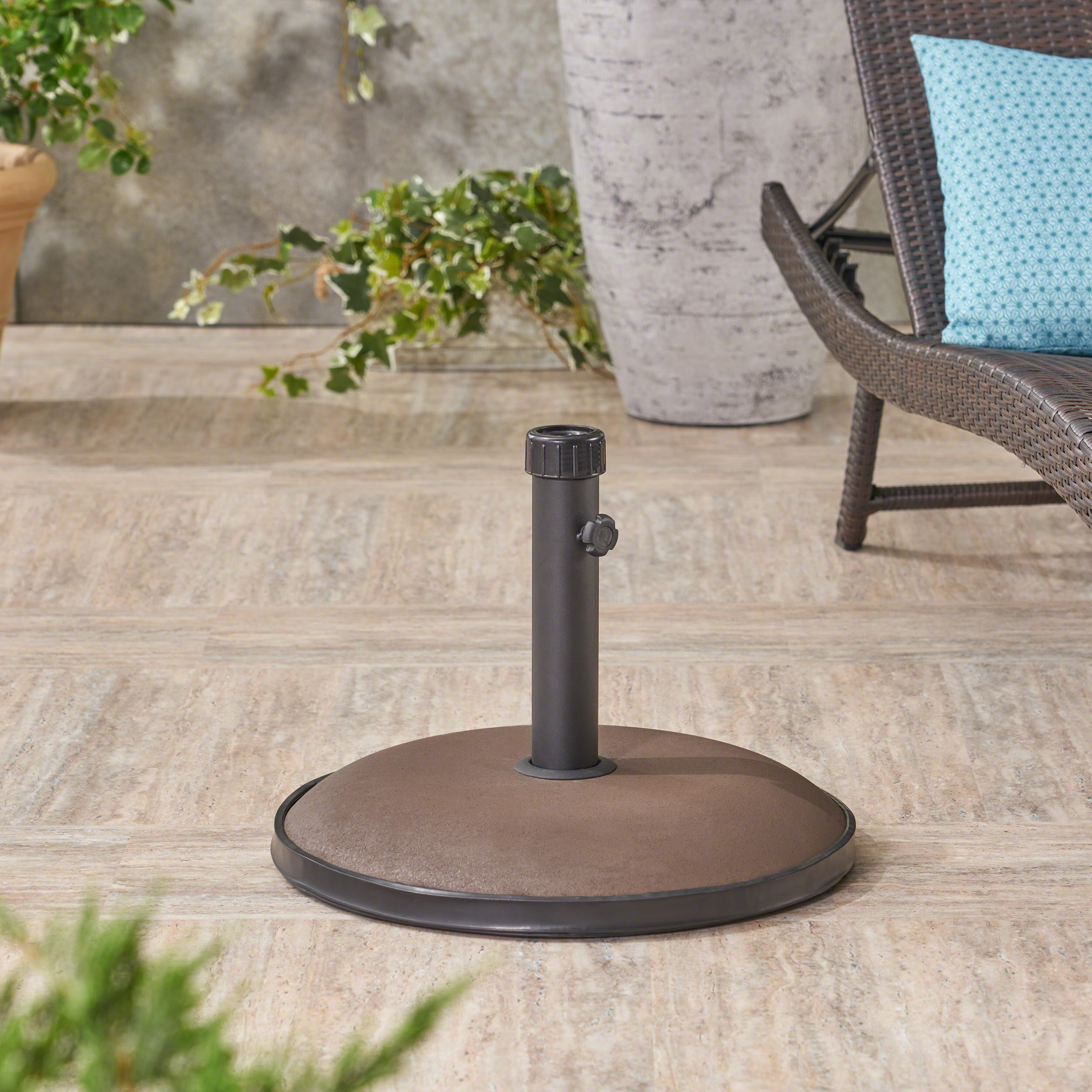 Langdon 55-pound Round Umbrella Base, Brown