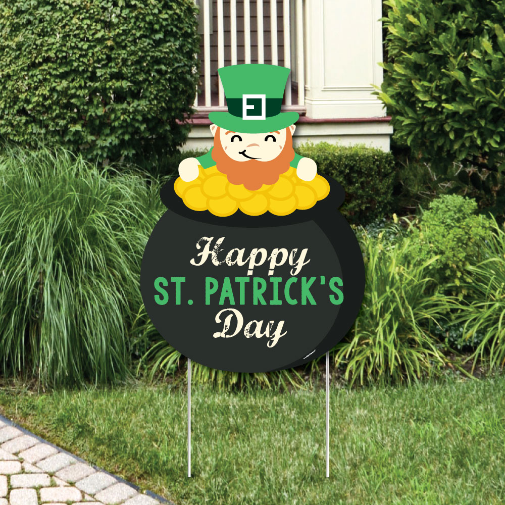St. Patrick's Day - Party Decorations - Saint Patty's Day Party Welcome Yard Sign