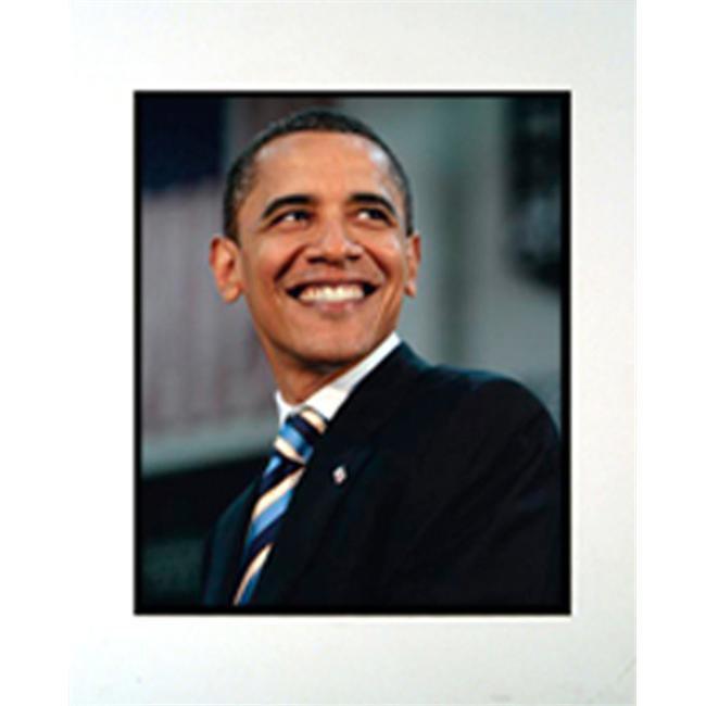 Encore Select m2-JX16608 Barack Obama Smile 11 inch x 14 inch Photograph in a Mat